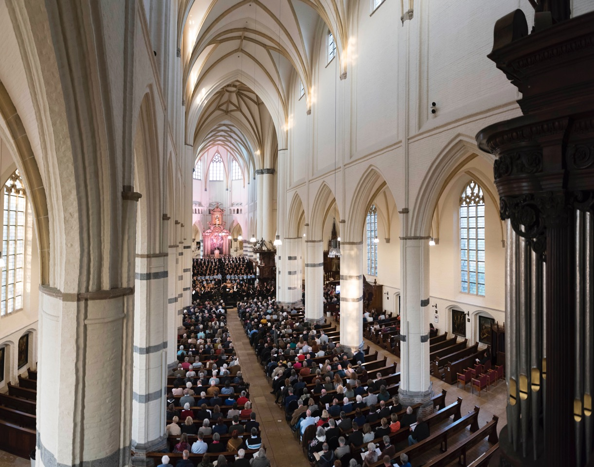 Sint-Petrusbasiliek Oirschot. Fotograaf: Liza van de Ven Photography (2019)